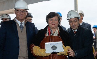 Carnival Panorama celebrates coin ceremony in Italy