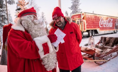 Coca-Cola Christmas truck meets Santa in the Arctic Circle