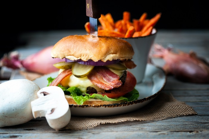 Hilton Heathrow unveils environmentally conscience Portobello Burger