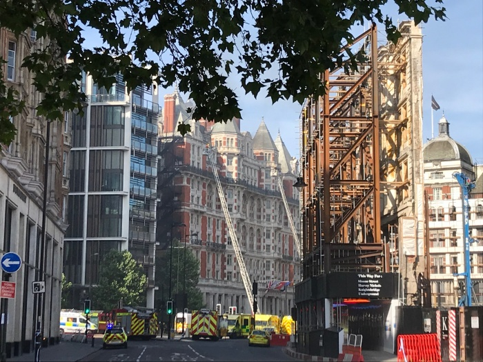 Blaze breaks out at Mandarin Oriental Hyde Park in London