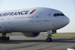 Air France managers forced to flee irate employees
