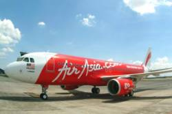 AirAsia and Travelport sign breakthrough distribution agreement