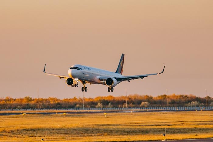 Air_Astana_A321LR_-_NS_2020-700x467.jpg
