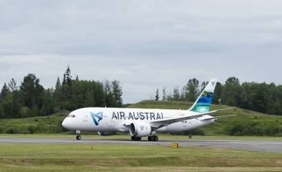 Air Austral receives first Boeing Dreamliner