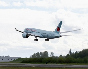 Air Canada receives first Dreamliner from Boeing