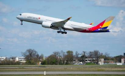 Korean Air to acquire rival Asiana Airlines
