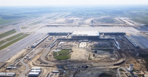 Further delays at Berlin Brandenburg Airport