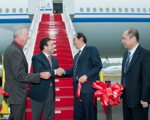 Boeing delivers first 777-300ER to Air China
