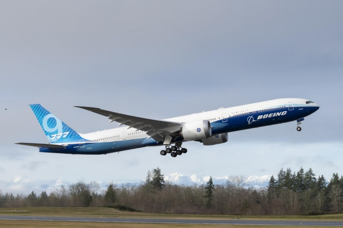 Boeing 777X flies for first time in United States