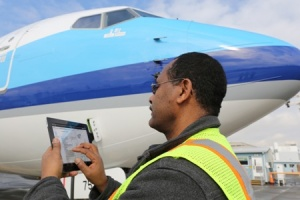 Boeing launches iPad application suite