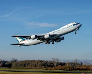 Boeing delivers first improved 747-8 to Cathay Pacific
