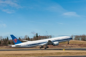 China Southern Airlines takes delivery of first Boeing 777-300ER