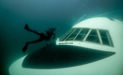 Bahrain creates diving paradise with submerged Boeing 747
