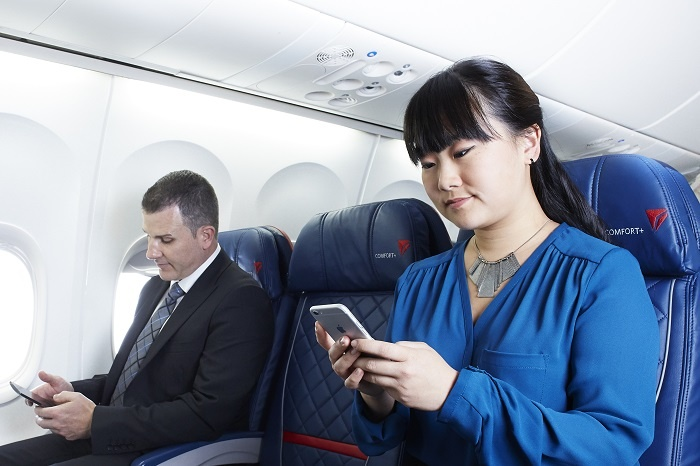 Delta Air Lines to introduce free in-flight WhatsApp, iMessage and Facebook