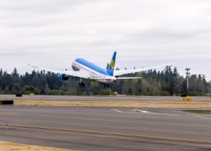 Uzbekistan Airways takes delivery of first Boeing Dreamliner