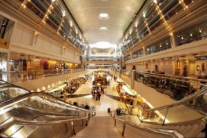Woman strangles her own baby moments after giving birth at Dubai Airport