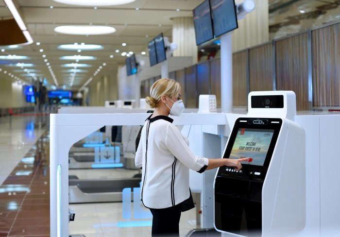 Emirates rolls-out self-check-in options in Dubai