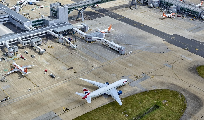 Gatwick Airport cuts staff, closes gates and suspends investment
