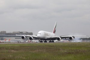 Emirates brings scheduled A380 services to Gatwick