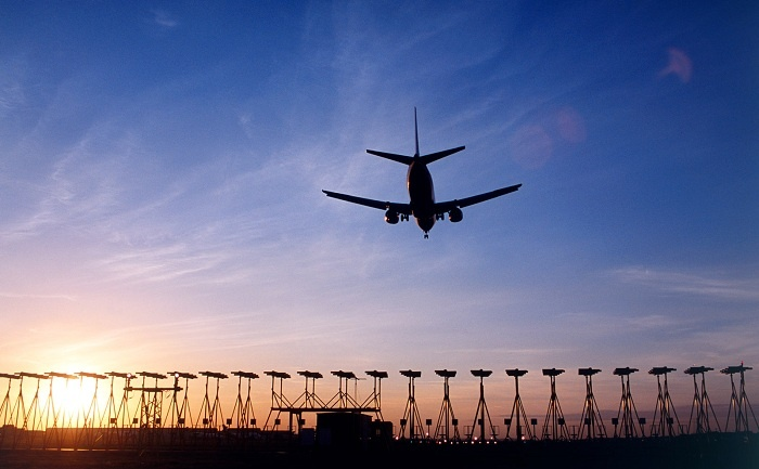 UK government green-lights Heathrow expansion