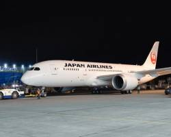 Japan Airlines takes delivery two 787 Dreamliners