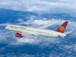 Juneyao Airlines places five Dreamliner order with Boeing