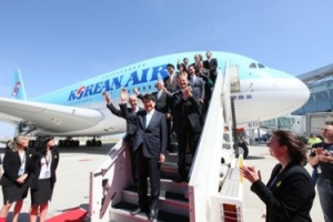 Korean Air moves into Airbus A380 age