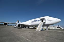 Lufthansa takes delivery of latest Boeing 747-8 Intercontinental