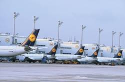 German flag-carrier Lufthansa to merge domestic routes with Germanwings