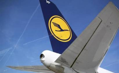 Lufthansa slips to loss in first quarter of 2019