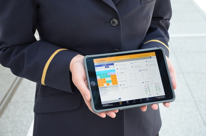 Lufthansa goes paperless with launch of iPad Minis for cabin crew