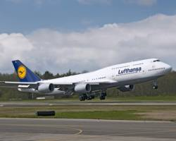 Boeing delivers first Lufthansa 747-8 Intercontinental