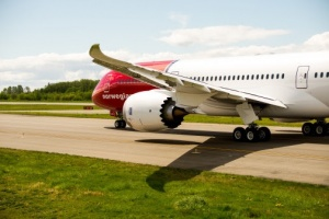Norwegian signs charter deals with TUI, Thomas Cook and Nazar