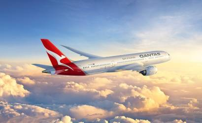 Qantas reports record financial results, rewards shareholders and employees