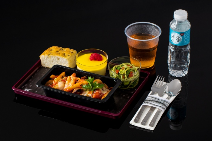 Qatar Airways unveils new Quisine economy culinary offering