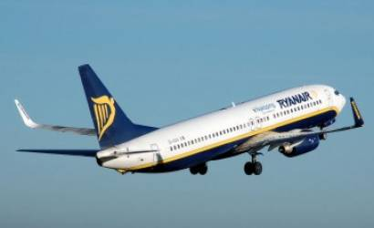 Ryanair signs car rental partnership with CarTrawler