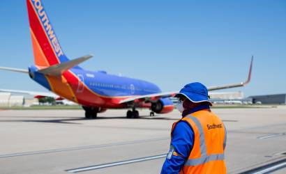 Southwest to woo business fliers with new Travelport deal