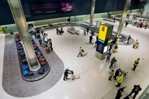 Heathrow passengers face luggage chaos