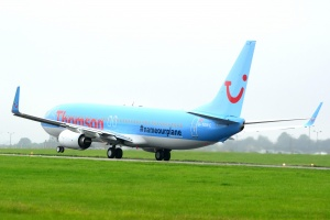 Thomson takes delivery of first UK Dreamliner
