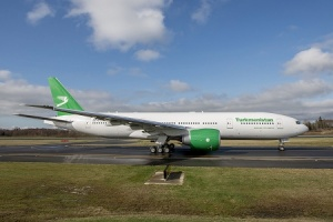 Turkmenistan Airlines receives first Boeing 777-200LR