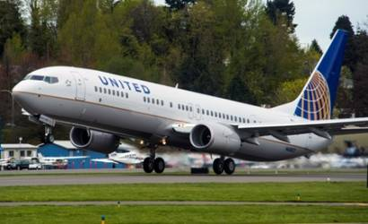 United Airlines reports net income of $965 million for third quarter