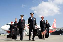 airberlin joins oneworld airline alliance