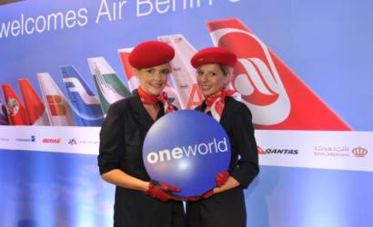 oneworld expands Global Explorer options with Jetstar deal