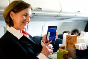 Delta flight attendants to use phablet for in-flight customer service, manuals