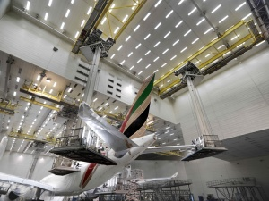 "Emirates completes 21 aircraft ""make-overs"" in 2013"