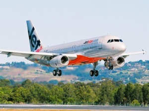 Jetstar increases capacity for 2012