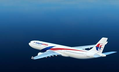 Malaysia urges caution on possible MH370 Reunion debris