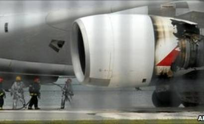 Rolls-Royce 'regrets' Qantas Trent 900 blow-out