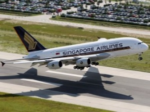 Singapore Airlines and Scandinavian Airlines sign joint venture deal