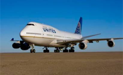 Integration costs drag down United Continental Holdings